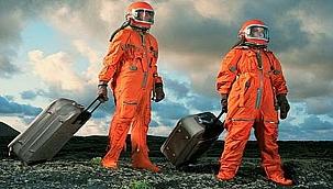 Dünyanın en zengin iş insanı uzay turizmi için düğmeye bastı