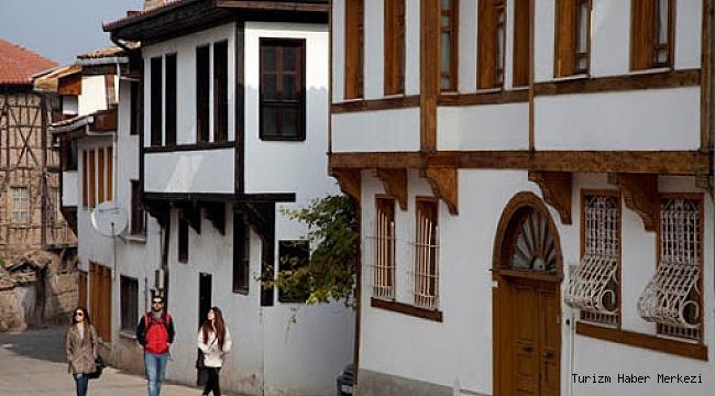 Tarihi Osmanlı konakları otel oluyor