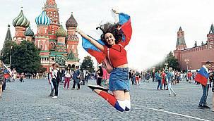Amansız rekabet başladı! Türkiye'nin rakipleri gözünü Rus turiste dikti