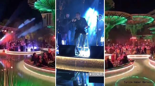 Yasak dinlemediler! 5 yıldızlı otelde dip dibe maskesiz Murat Dalkılıç konseri