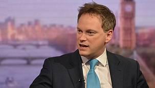 İngiliz bakandan vatandaşlarına yurt dışı tatil rezervasyonu uyarısı!