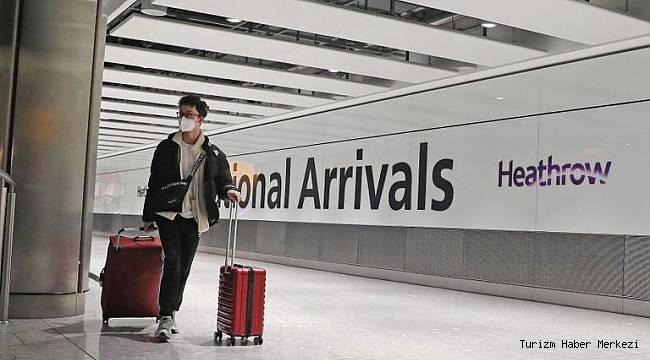 İngiltere'de hükümet yetkililerinden yurt dışı tatil açıklaması!