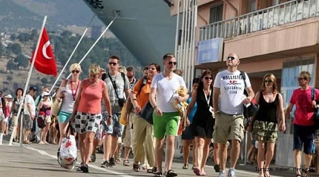 Türkiye'ye turist olarak gelip 'ev'leniyorlar