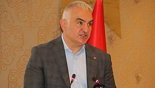 Bakan Ersoy'dan turizm çalışanları aşılama ve tam kapanma açıklaması!