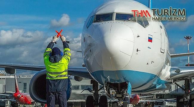 Bir Rus hava yolu şirketi daha Antalya'ya tüm uçuşlarını iptal etti!