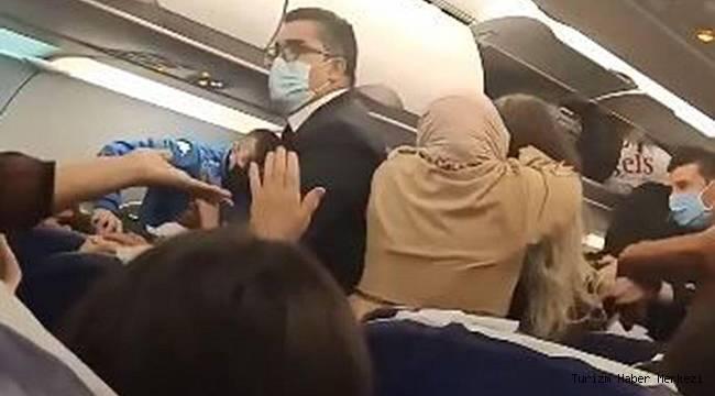 İstanbul uçağında kadınlı erkekli büyük kavga! Polis müdahale etti