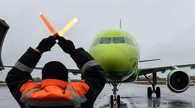 Rus hava yolu şirketi Ağustos'a kadar Türkiye uçuşlarını iptal etti!