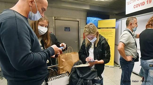 Rus turistin Türkiye'ye gelebilmesi için yeni şart! Turizmcilere bildirildi