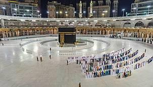 Suudi Arabistan'dan flaş Hac ve Umre kararı!
