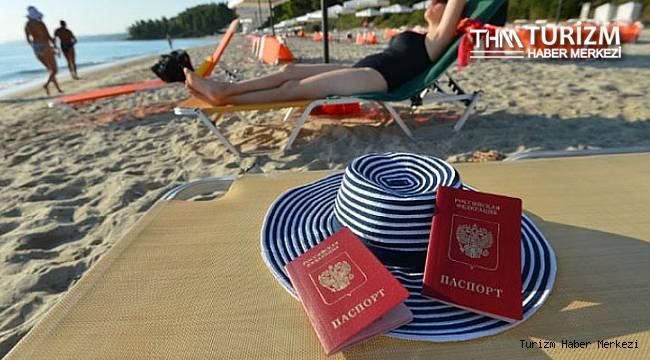 Rus hükümet yetkililerinden peş peşe yurt dışı tatil açıklaması