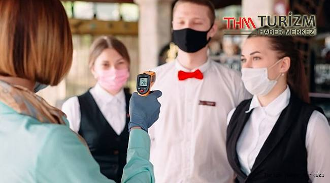 Turizm sektörü ve otel çalışanlarına öncelikli aşıdan vazgeçtiler!