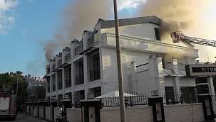 Antalya'daki otelde yangın! Can pazarı yaşandı