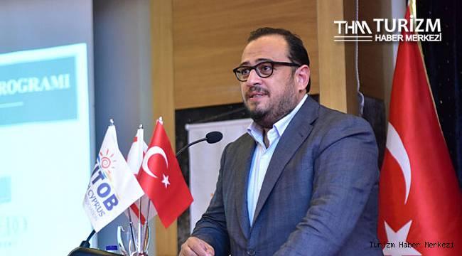 Dimağ Çağıner: ''Ülkeye gelen turiste suçlu muamelesi yapılıyor''