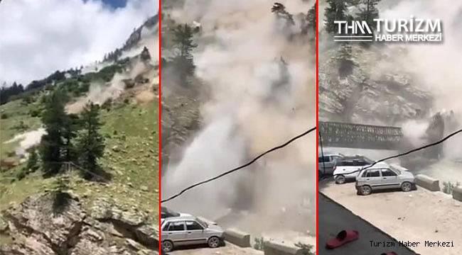 Arabanın üzerine tepeden kayalar düştü! 9 turist öldü