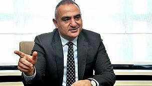 Bakan Ersoy'dan turizm hareketliliği açıklaması! 'İyi gidiyoruz, hedefimiz...'