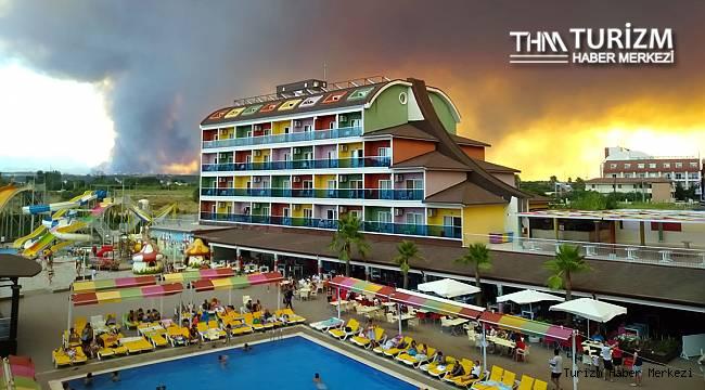 Manavgat'taki yangın oteller bölgesini tehdit etmeye başladı!