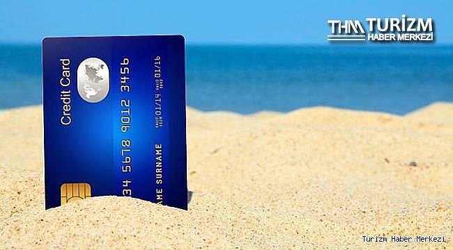 Tatilciler kredi kartına yüklendi! Kartlı harcamalarda büyük artış