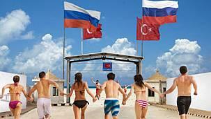 Rus turist akın etmeyip ne yapsın! Yurt dışında en ucuz tatil Türkiye'de
