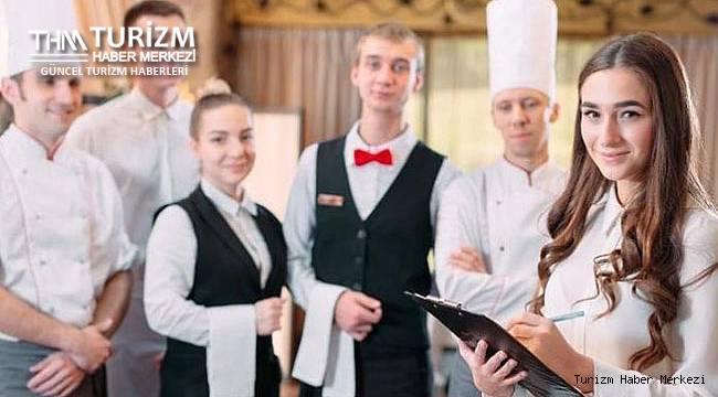 Hizmet sektöründe çalışanlar cehennemi yaşıyor! Otel, restoran ve kafelerde çalışanlar gelecekten umutsuz