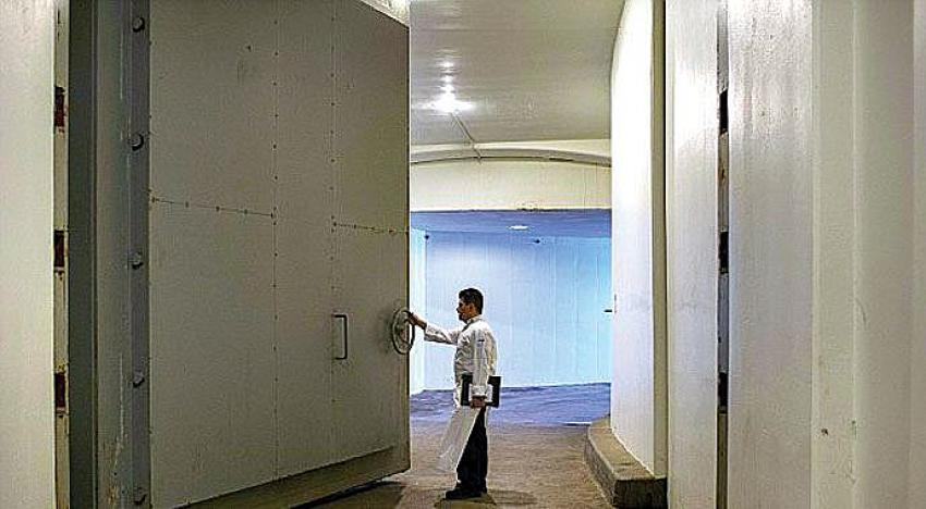 Lüks otelin altına inşa edilen Beyaz Saray sığınağı ziyarete açıldı