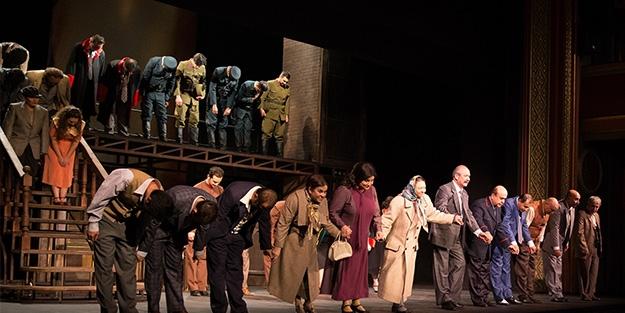 Devlet Tiyatroları Reis Beyʹle perdelerini açtı