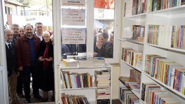 Finikeʹde Atatürk Çocukları Kütüphanesi açıldı