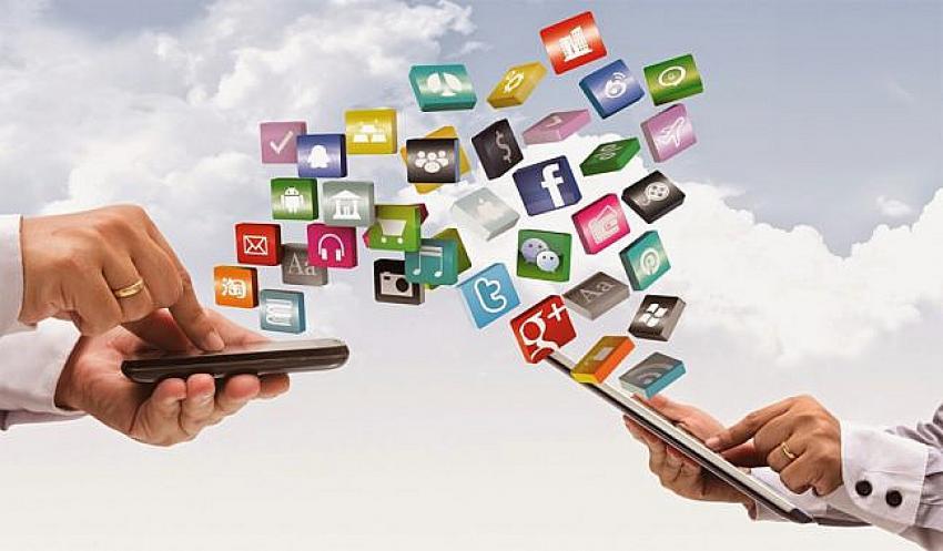 Dünya nüfusunun yarısı online