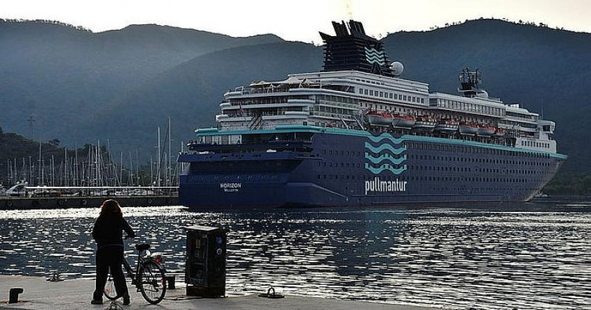 Horizon, 1447 turist ve 616 personel ile Marmaris'e geldi