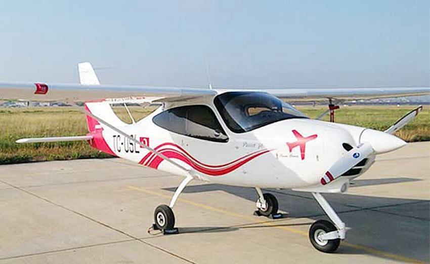 Üniversite filosuna kaydedilen ilk uçak