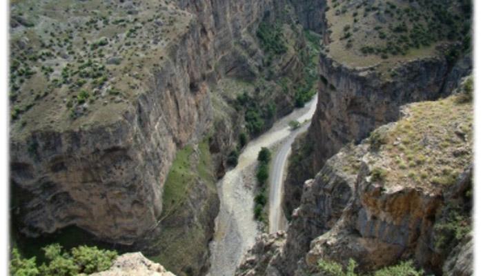 Türkiyeʹnin en büyük kanyonu Cehennem Deresi turizme açılacak